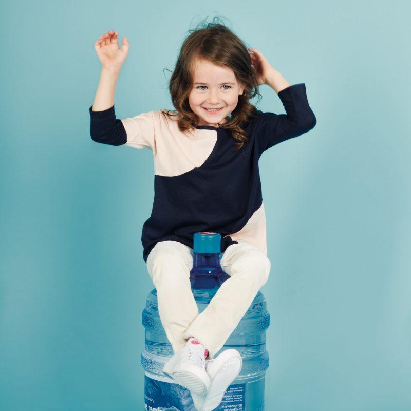 Wassergallone & Kind