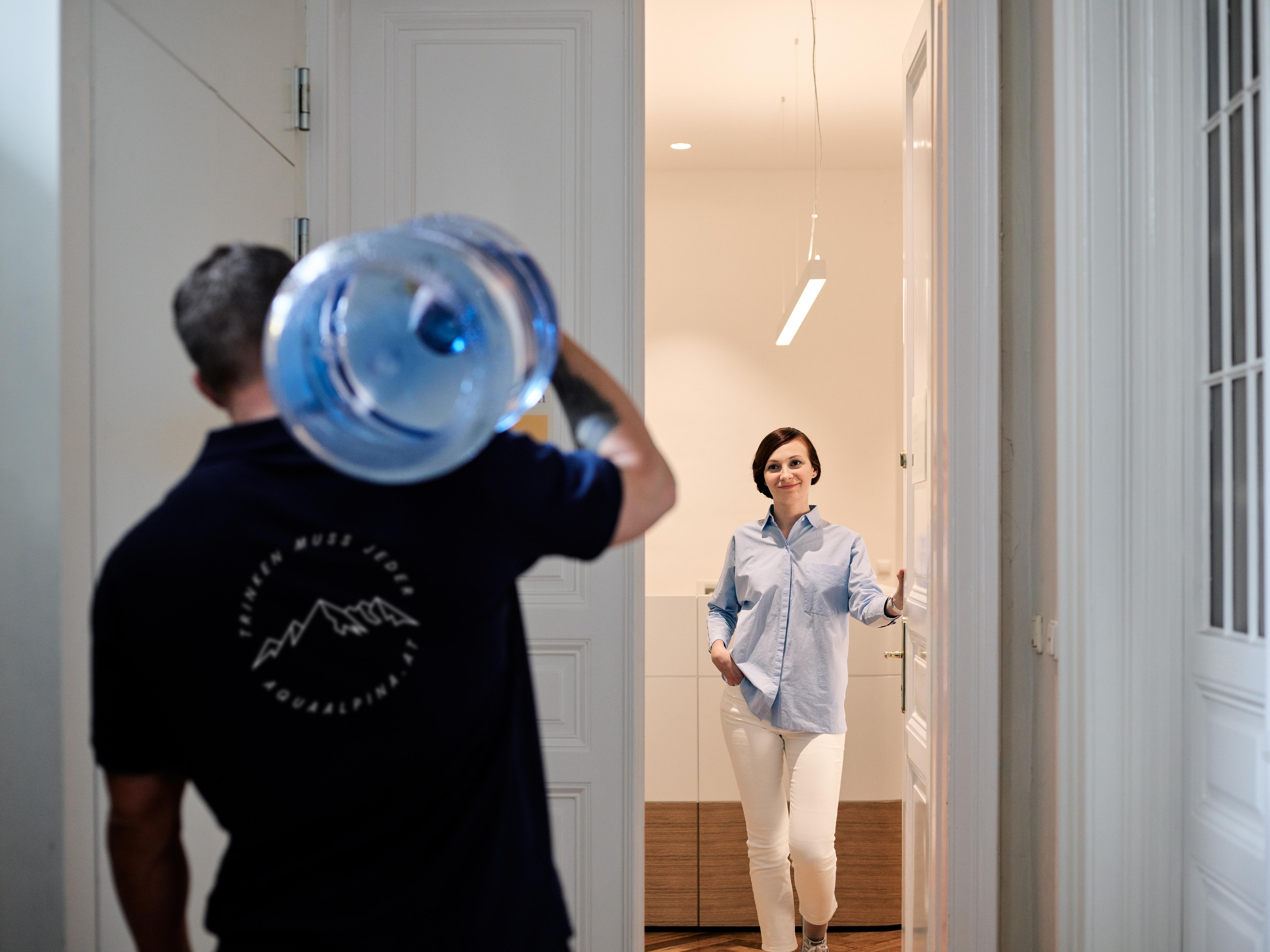 Wasser Lieferservice direkt zu Ihnen.