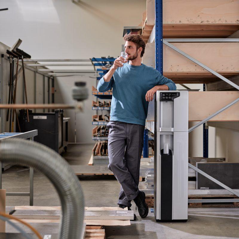 Festwasserspender in Werkstätten und Produktionshallen