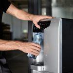 Festwasserspender mit Kavo-Trinkflasche