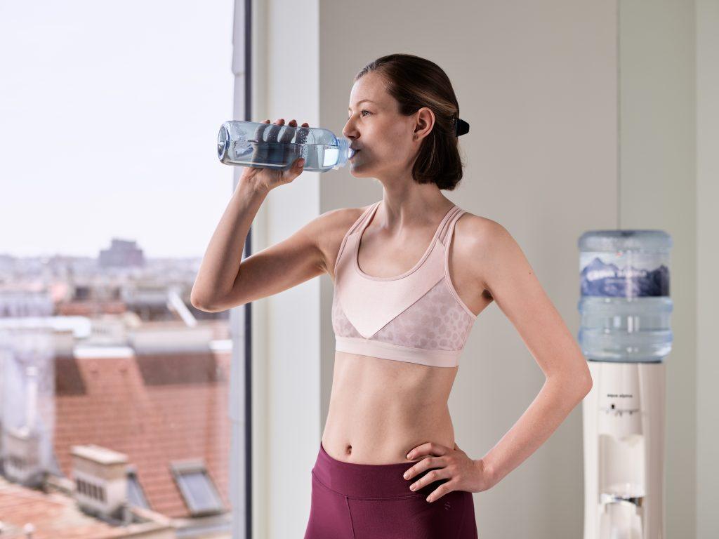 Wasserspender mit Kavo-Trinkflasche
