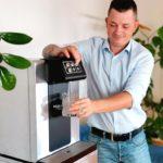 Leitungsgebundener Wasserspender Soda Premium Nimmt Sich Wasser aus Soda Premium